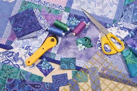 rotary cutter  cut fabrics