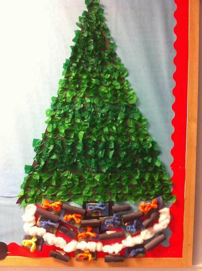 paper christmas tree bulletin board he s his list santa classroom bulletin board idea
