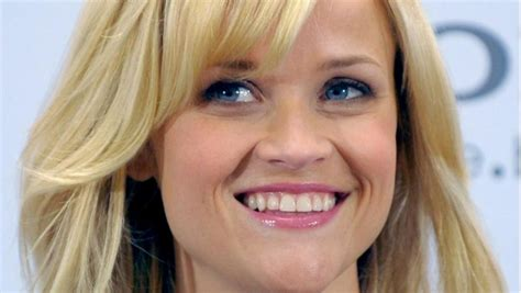 Ganz Romantisch Reese Witherspoon Flittert Ntvde