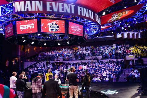 world series of poker final table added day for world series of poker final table enhances
