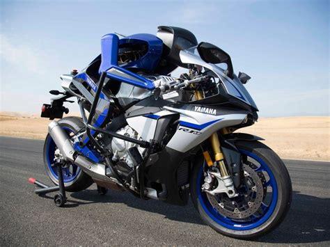 Modification Yamaha Niken by Salon De Tokyo 2018 Le Yamaha Niken Motoroid Et Le Motobot