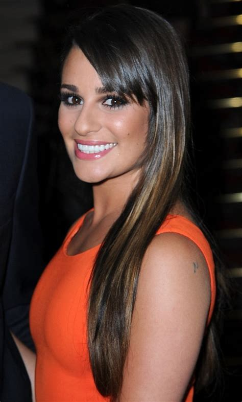 Lea Michele Hairstyles: Straight Haircut with Highlights