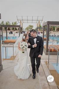 A stunning m resort wedding by dzign las vegas for Las vegas mock wedding