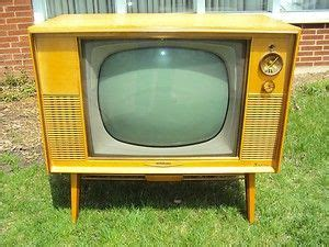 radio for kitchen cabinet i daydreams about getting an tv like this and 4486