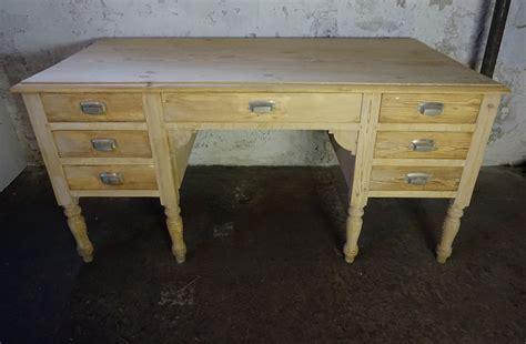 bureau brocante oud antiek frans houten brocante bureau met lades