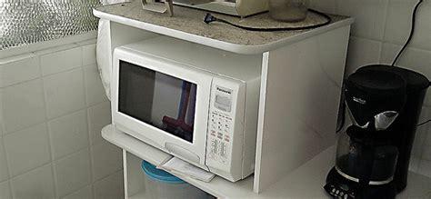 como saber que recipientes usar en el microondas solountip