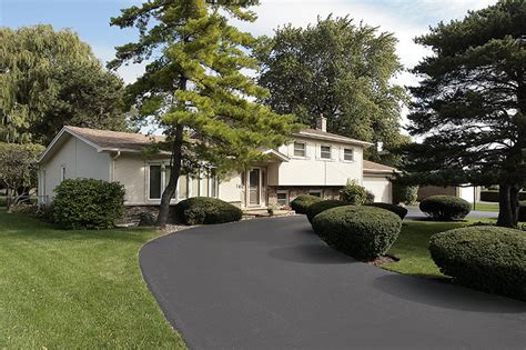 Home Driveway Design Ideas by Driveway Design Ideas And Tips To Boost Curb Appeal Feldco