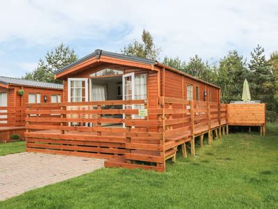 Log Cabins In Northumberland With Tub - lodge holidays lodges and log cabins with a