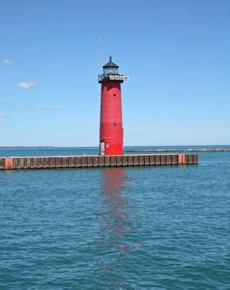 kenosha pier light kenosha pierhead lighthouse wisconsin at