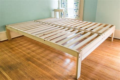 platform bed frames    reviews