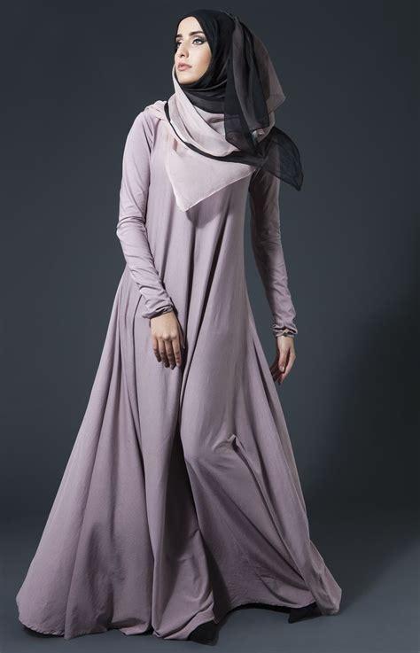 model baju muslim perempuan untuk penilan yang anggun
