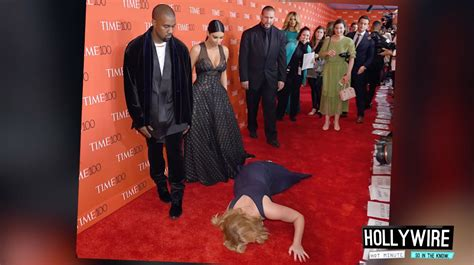 Top 6 Most Awkward Red Carpet Moments!! How To Carpet Cleaning Business Espana Lompoc Best Way Remove Salt From Car E Oscars Red 2017 Kraus Emerson Reviews Or Hardwood Cost Difference Installing Stair Runner Clean Off In