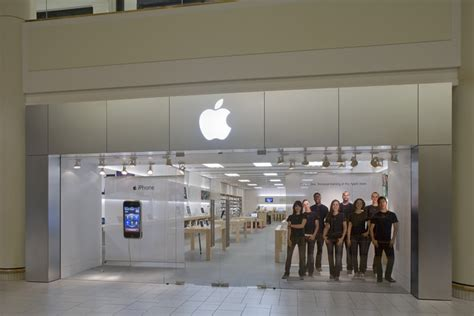 Apple Store, Freehold Raceway Mall In Freehold, Nj