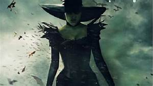 New poster for Sam Raimi's 'Oz: The Great and Powerful ...