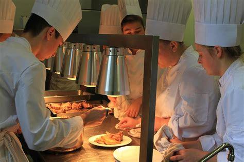 bac pro cuisine bac pro cuisine ecole hôtelière daniel brottier