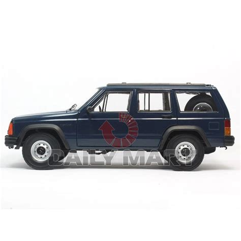 toy jeep cherokee 1 18 scale jeep cherokee 2500 blue diecast toy car model
