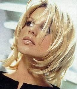 Coupe Mi Courte Femme : coupes de cheveux mi courtes ~ Nature-et-papiers.com Idées de Décoration