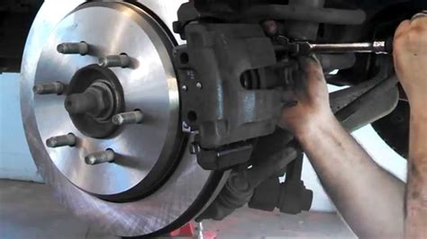 rear disc brake pad replacement ford expedition 2004
