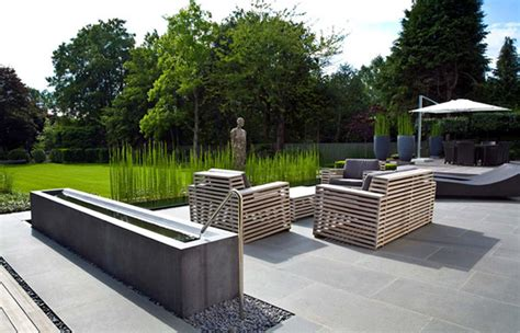 12 modern gardens with water features decoration design