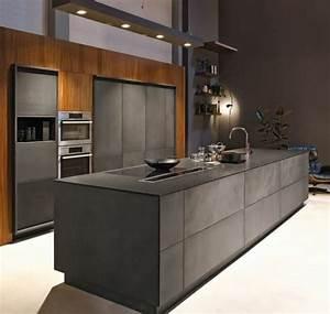 cuisine gris anthracite 56 idees pour une cuisine chic With quelle couleur avec gris anthracite