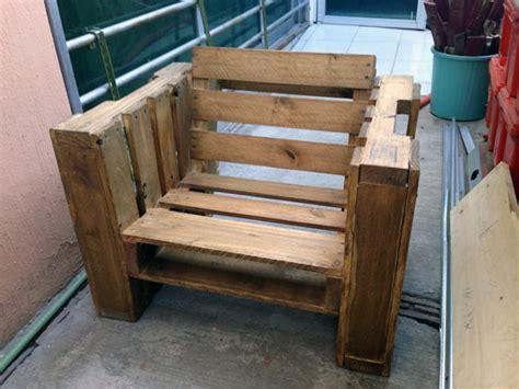 chaise en palette fabriquer une chaise avec des palettes conseils et