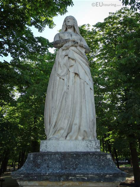 Photos of Sainte Genevieve statue in Luxembourg Gardens ...