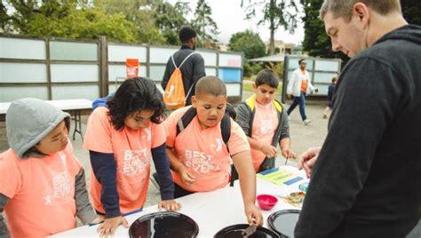 foto de Stonestown Summer Camp Grade 3 YMCA SF