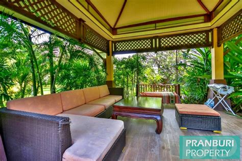 Must See Luxury Balinese 5 Bed Pool Villa Near Dolphin Bay