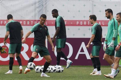 Cristiano Ronaldo Evra Jump