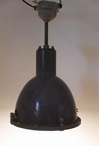 Vintage Lampen Berlin : industrielampe no 27 fabriklampe industrielampe fabriklampen industrielampen vintage ~ Markanthonyermac.com Haus und Dekorationen