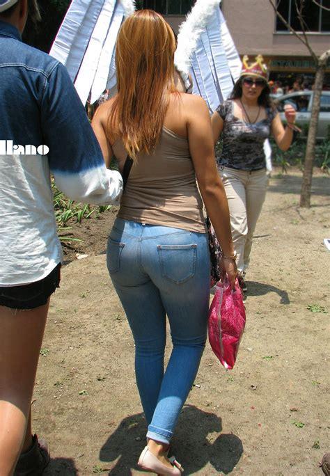 Big Butt White Girl In Jeans Divine Butts Voyeur Blog