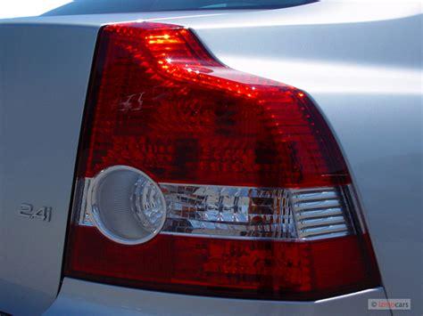 image 2005 volvo s40 2 4l auto light size 640 x