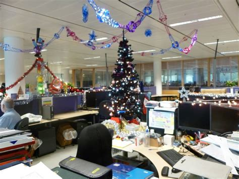 christmas decorating ideas  office