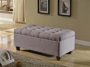 bout de lit coffre un meuble de rangement astucieux With meuble de rangement chambre a coucher