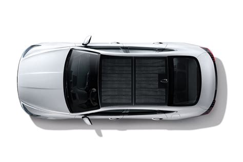 hyundai launches solar roof charging system car dealer