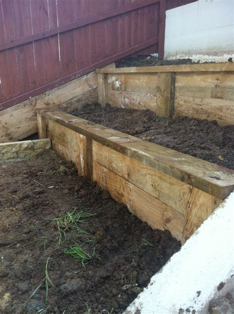 Retaining Wall Products by Www Pavingcanberra Retaining Wall Terraced 2 Levels