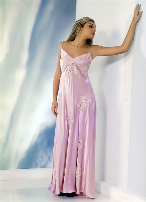 luxurious extra fine italian silk night gown