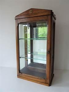 Vitrine En Bois : vitrine ancienne feeb 39 s little shop ~ Teatrodelosmanantiales.com Idées de Décoration