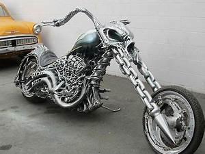 Les 25 meilleures idées de la catégorie Ghost rider moto ...
