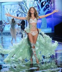 Victoria Secret Paris Champs Elysees : off duty victoria 39 s secret angel behati prinsloo goes make up free as she keeps it casual in ~ Medecine-chirurgie-esthetiques.com Avis de Voitures
