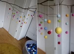 Baby Mobile Selber Machen : diy mobile aus filzkugeln einfach und farbenfroh ekulele familienleben rezepte mode ~ Buech-reservation.com Haus und Dekorationen