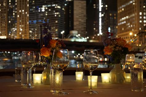 Chicago River Cruise Boat Rental by Lake Michigan Chicago Yacht Charter Rental Here