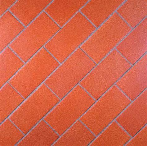 Spaltplatten Garage by Terracotta Cotto Terrakotta Fliesen Boden Cotto