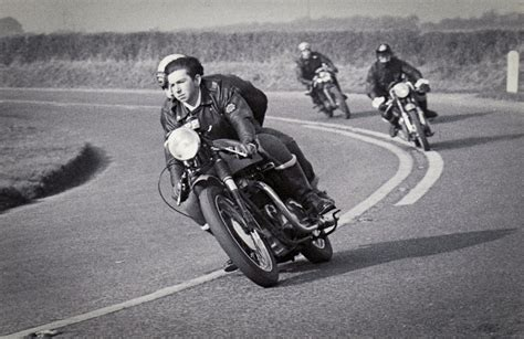 Discovery-hd-theater-cafe-racer-caferacer-tv-vintage