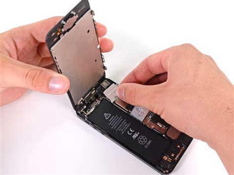 apples iphone  battery replacement program  runs