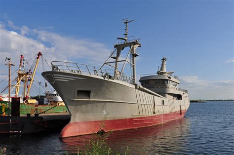 Scottish Fishing Boat Registration Numbers by Damen To Build New Beam Trawler Ships Monthly
