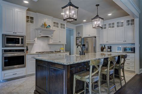 amenager une cuisine en longueur cuisine en longueur savoir bien l aménager maison