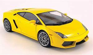 Voiture Occasion Jaune : lamborghini gallardo lp560 4 miniature jaune autoart 1 18 voiture ~ Gottalentnigeria.com Avis de Voitures