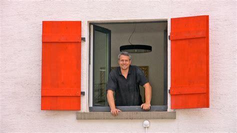 Fensterlaeden Praktische Zierde Fuers Haus by Fensterl 228 Den Bauen Treppen Fenster Balkone Selbst De