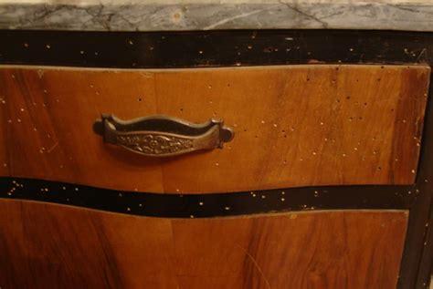 eliminare tarli dai mobili come eliminare il tarlo dai mobili finest acaro tarlo